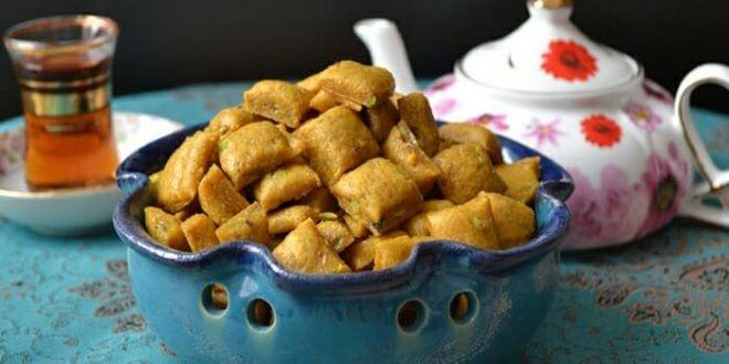 سوهان گزی از شیرینی های اصیل و پرطرفدار ایرانی است.