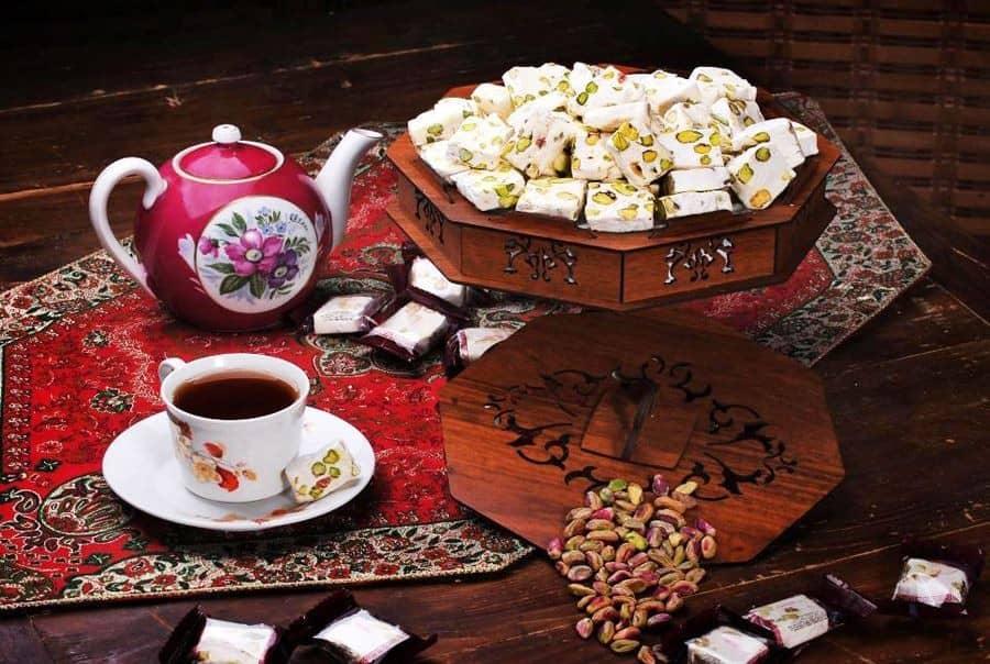 گز مرغوب و صادراتی اصفهان و با قیمت مناسب که با دستگاه مخصوص برش خورده
