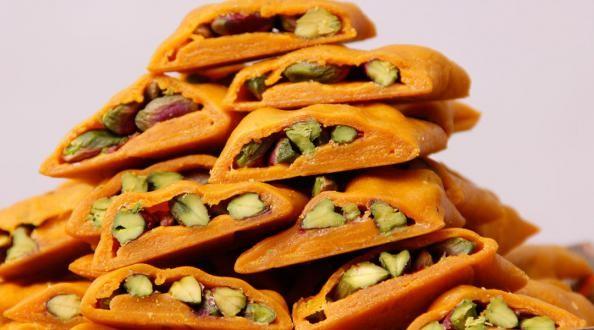 ارزش غذایی بالا و مفید بودن شیرینی سوهان گز به دلیل ترکیبات باکیفیت و مرغوب به کار رفته در آن است.